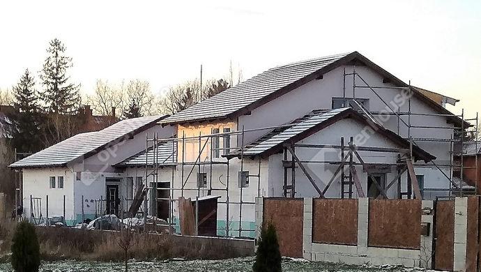 1. kép | Eladó ikerház Székesfehérváron. | Eladó Családi ház, Székesfehérvár (#143825)