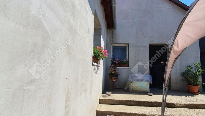 2. kép | Eladó Családi ház, Tatabánya (#152138)