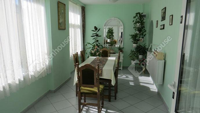 2. kép   nappali   Eladó Családi ház, Zalaegerszeg (#137462)