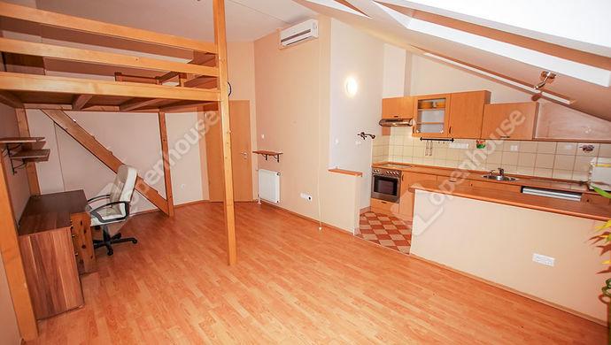 1. kép | Eladó kis lakás Székesfehérvár | Eladó Társasházi lakás, Székesfehérvár (#143140)