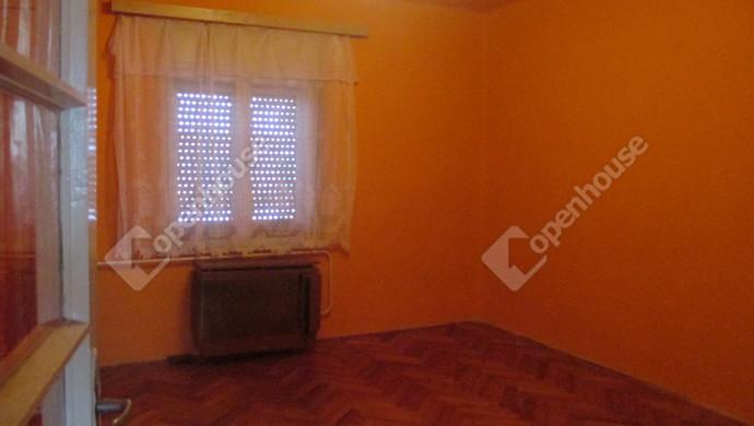 1. kép | szoba | Eladó Családi ház, Szolnok (#125448)