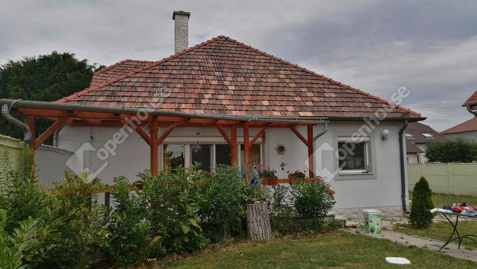 2. kép   Eladó Családi ház, Fertőd (#152427)