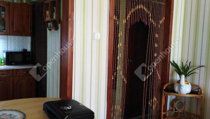 8. kép | Nappali bejárat | Eladó Társasházi lakás, Tata (#141369)