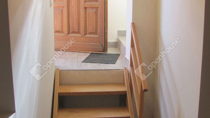 15. kép | Háztartási helyiség bejárat | Eladó Családi ház, Zalaegerszeg (#135304)