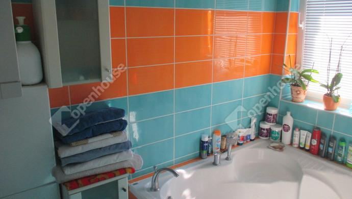 7. kép | fürdőszoba | Eladó Társasházi lakás, Szolnok (#132767)