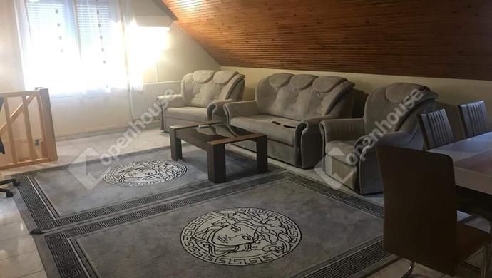 11. kép | Emeleti nappali | Eladó Családi ház, Tatabánya (#130991)