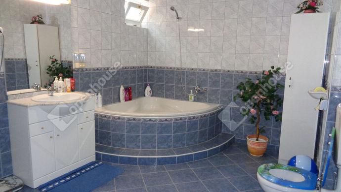 6. kép   fürdö   Eladó Családi ház, Békéscsaba (#147797)