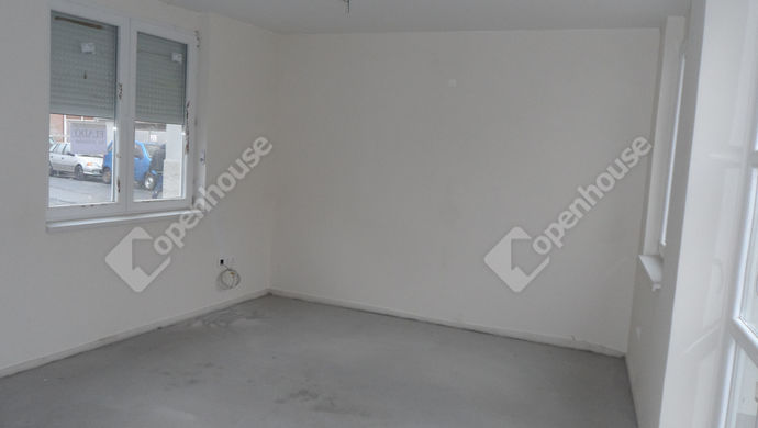7. kép   Eladó Családi ház, Szolnok (#143700)