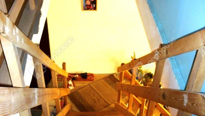 8. kép   Eladó Családi ház, Bakonybánk (#127509)