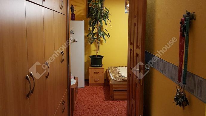 2. kép | közlekedő | Eladó Társasházi lakás, Békéscsaba (#143441)