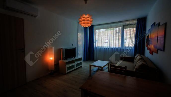2. kép   Kiadó Társasházi lakás, Siófok (#141245)