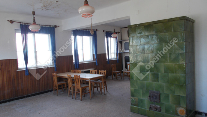 2. kép | Eladó Üzleti ingatlan, Szeleste (#132511)