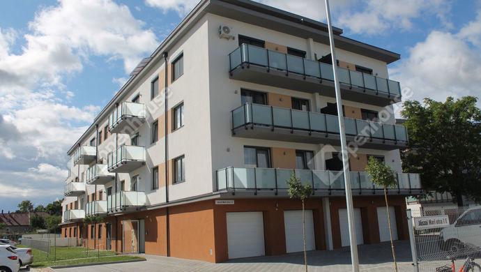 1. kép   Eladó Társasházi lakás, Szombathely (#153200)