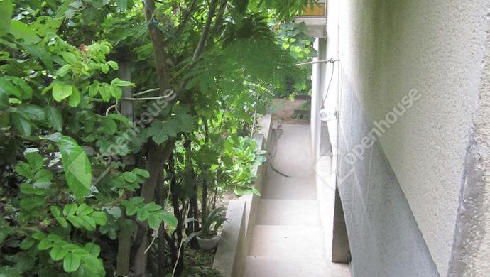 21. kép | Lépcső déli oldalról | Eladó Családi ház, Siófok (#152219)