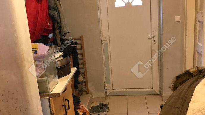 8. kép | a kis előszoba | Eladó Családi ház, Bicske (#149539)