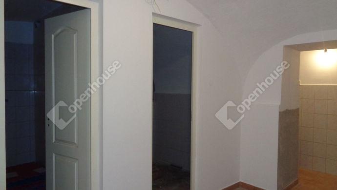 9. kép | Eladó Üzleti ingatlan, Szolnok (#146099)
