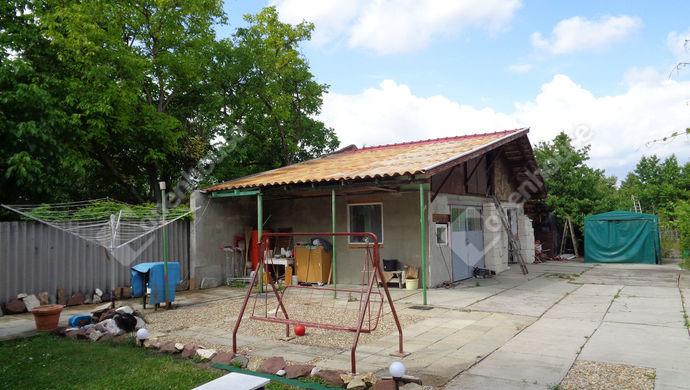 10. kép | garázs | Eladó Családi ház, Békéscsaba (#146600)
