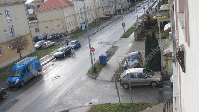 22. kép | Utcakép | Eladó Társasházi lakás, Zalaegerszeg (#144828)