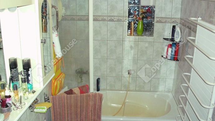 7. kép | Földszinti fürdőszoba | Eladó Családi ház, Debrecen (#135999)