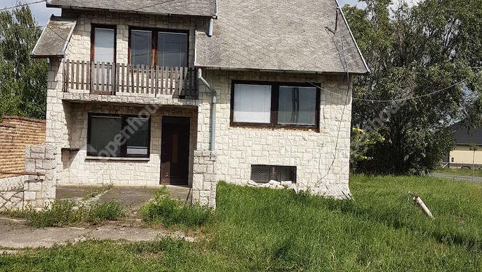0. kép   Eladó Családi ház, Gönyű (#139153)