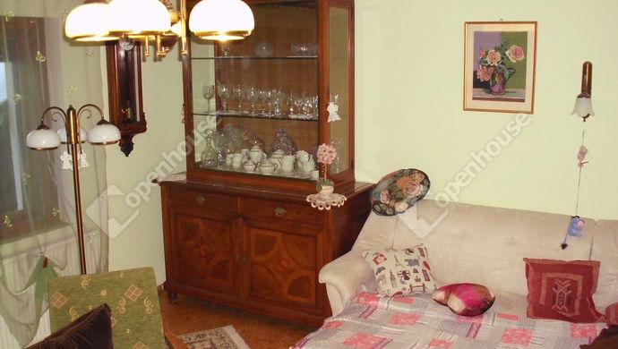 3. kép | Nappali | Eladó Családi ház, Debrecen (#135999)