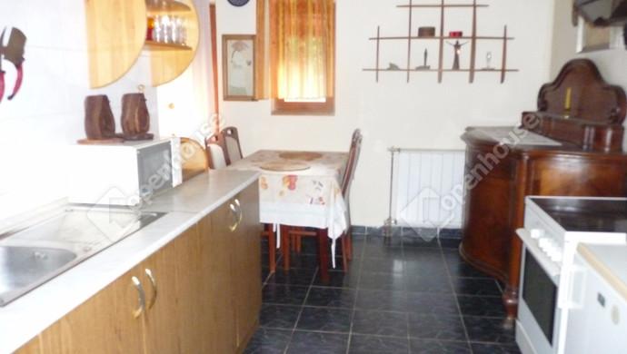 11. kép | konyha | Eladó Családi ház, Balatonföldvár (#125684)