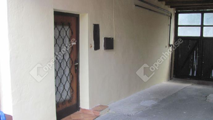 2. kép | Bejárat | Eladó Családi ház, Zalaegerszeg (#142884)