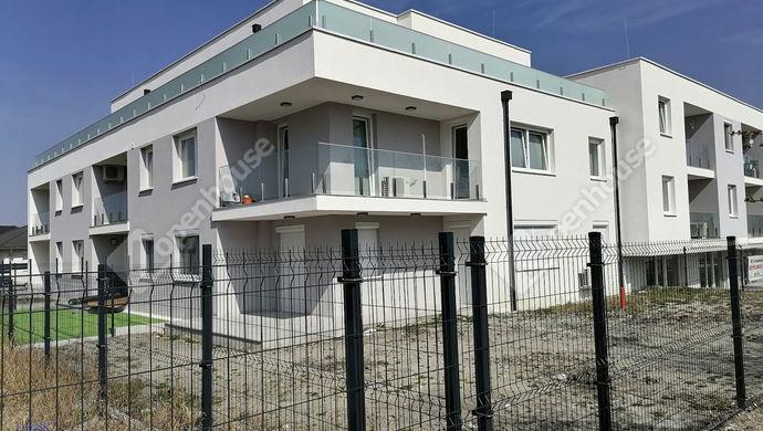 0. kép   Eladó Társasházi lakás, Vámosszabadi (#149949)