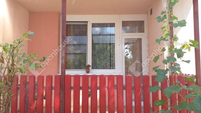 0. kép   Eladó Társasházi lakás, Komárom (#140660)