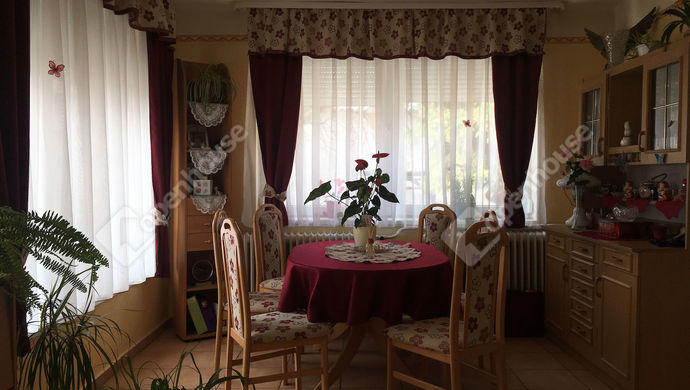 20. kép | Eladó Családi ház, Nyúl (#136155)