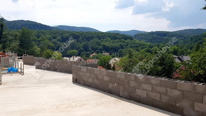 4. kép   Délnyugati panoráma földszint magasságban   Eladó Társasházi lakás, Miskolc (#130722)