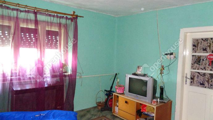 11. kép | szoba részlet | Eladó Családi ház, Doboz (#147208)
