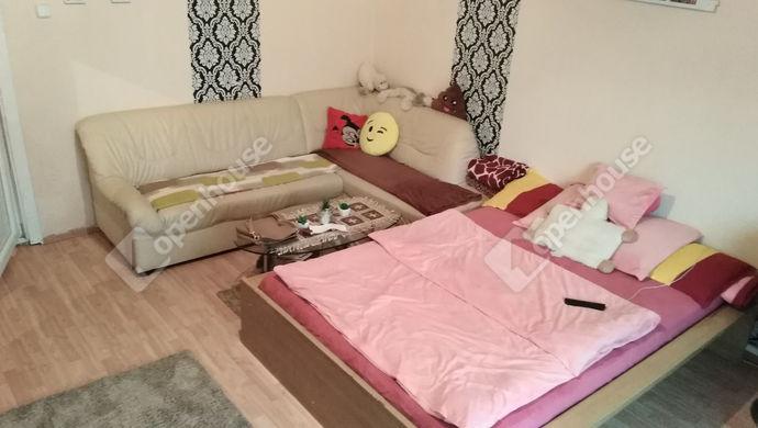 0. kép | Eladó Családi ház, Bana (#136694)