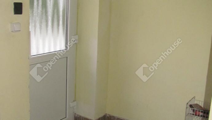 18. kép | Bejárat | Eladó Társasházi lakás, Zalaegerszeg (#129902)