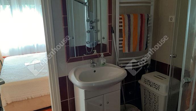 9. kép | fürdő | Eladó Társasházi lakás, Békéscsaba (#146317)