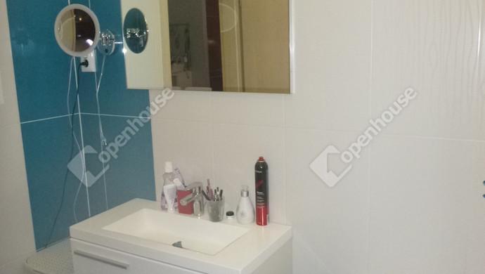 6. kép | mosdó | Eladó Társasházi lakás, Győr (#133133)