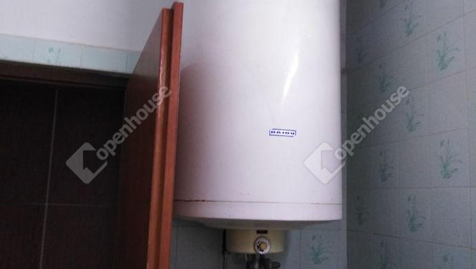 20. kép | Bojler a meleg vízért | Eladó Családi ház, Tata (#139490)