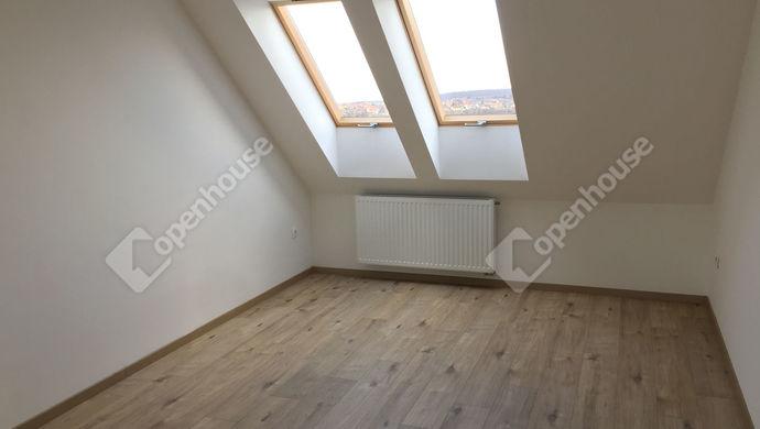 2. kép   Eladó Társasházi lakás, Sopron (#135623)