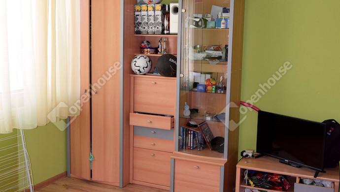 5. kép | szoba | Eladó Társasházi lakás, Tatabánya (#132869)