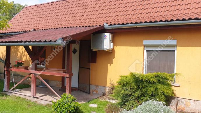 22. kép   2. lakás   Eladó Családi ház, Monor (#152095)