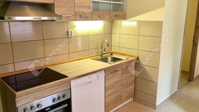 2. kép | konyha | Eladó Társasházi lakás, Szeged (#142845)