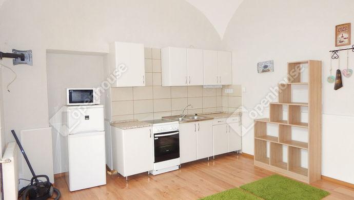 3. kép   Eladó Társasházi lakás, Eger (#151349)