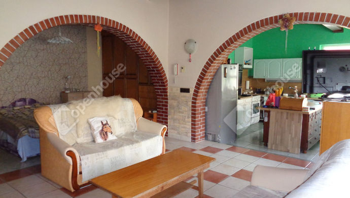 2. kép | nappali részlet | Eladó Családi ház, Békéscsaba (#146600)
