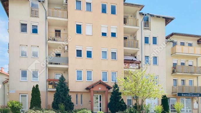 0. kép | Ház külső | Eladó Társasházi lakás, Tatabánya (#151581)