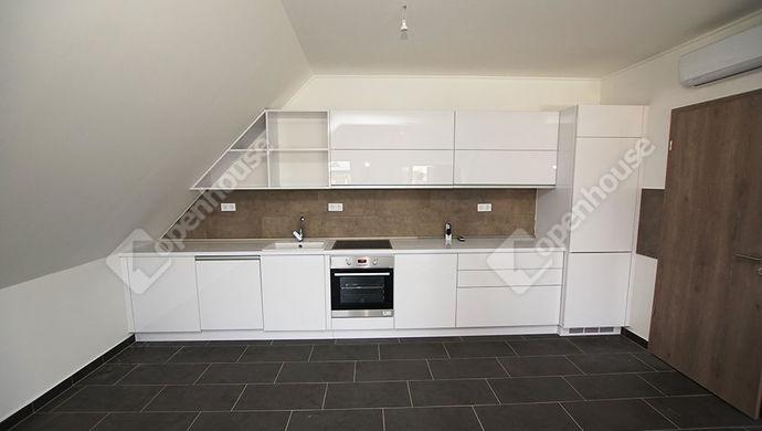 1. kép | Eladó újszerű lakás | Eladó Társasházi lakás, Székesfehérvár (#148030)