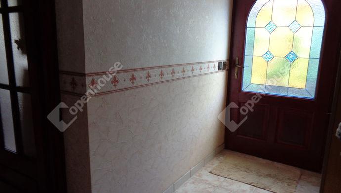 15. kép | elöszoba | Eladó Családi ház, Békéscsaba (#146600)