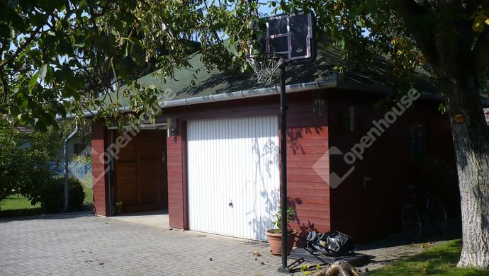 17. kép   Dupla garázs   Eladó Családi ház, Bük (#124391)