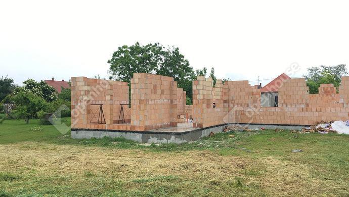 3. kép   Eladó Ikerház, Győrladamér (#140520)