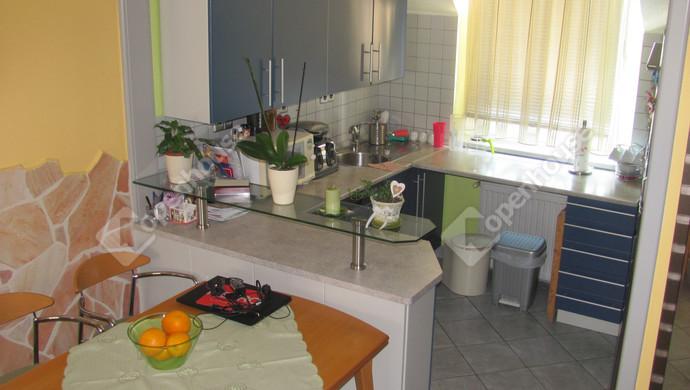 6. kép | Étkező-konyha | Eladó Társasházi lakás, Zalaegerszeg (#123646)