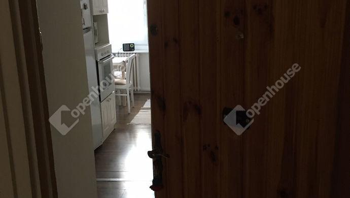 1. kép | A bejárat | Eladó Társasházi lakás, Tatabánya (#143414)